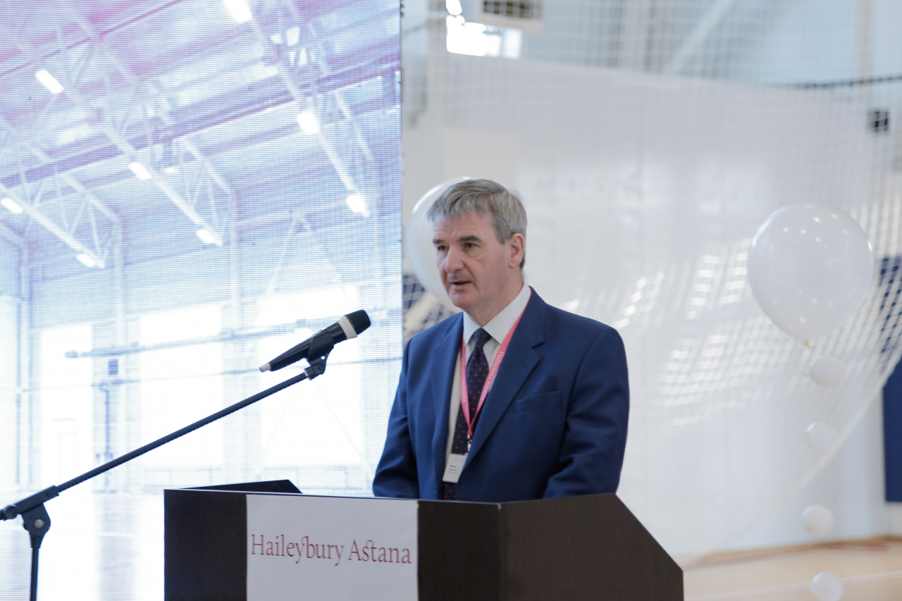Mark Smith, Headmaster Haileybury Astana